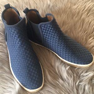 NWOT high top Aerosoles shoes size 7